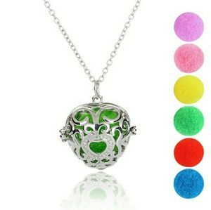 Jewelry - Aromatherapy Essential Oil Diffuser Necklace